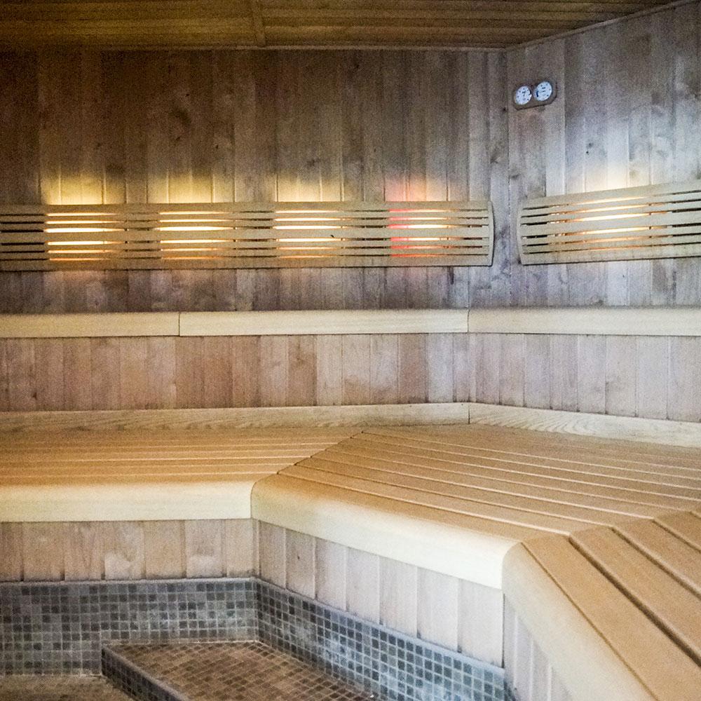 offrir un modelage du dos parcours aquatonic hammam sauna rennes coffret cadeau aquatonic. Black Bedroom Furniture Sets. Home Design Ideas