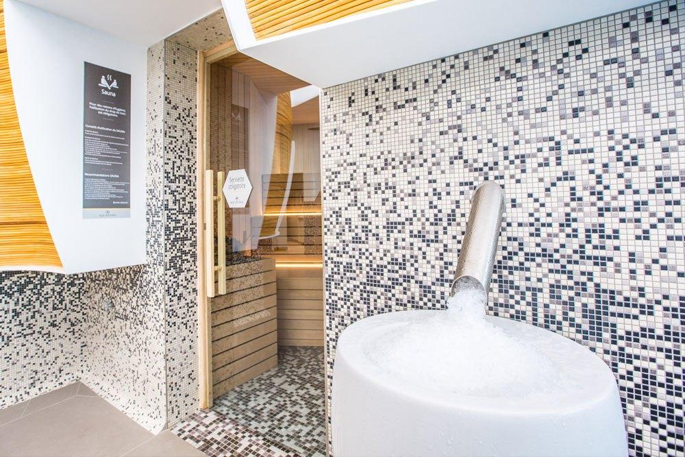 Fontaine à Glace après votre sauna à Nantes
